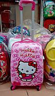 Детский чемодан на колесах Китти