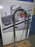 Смеситель напольный для ванной комнаты Luccio Navia verchromt (диаметр 48 мм)