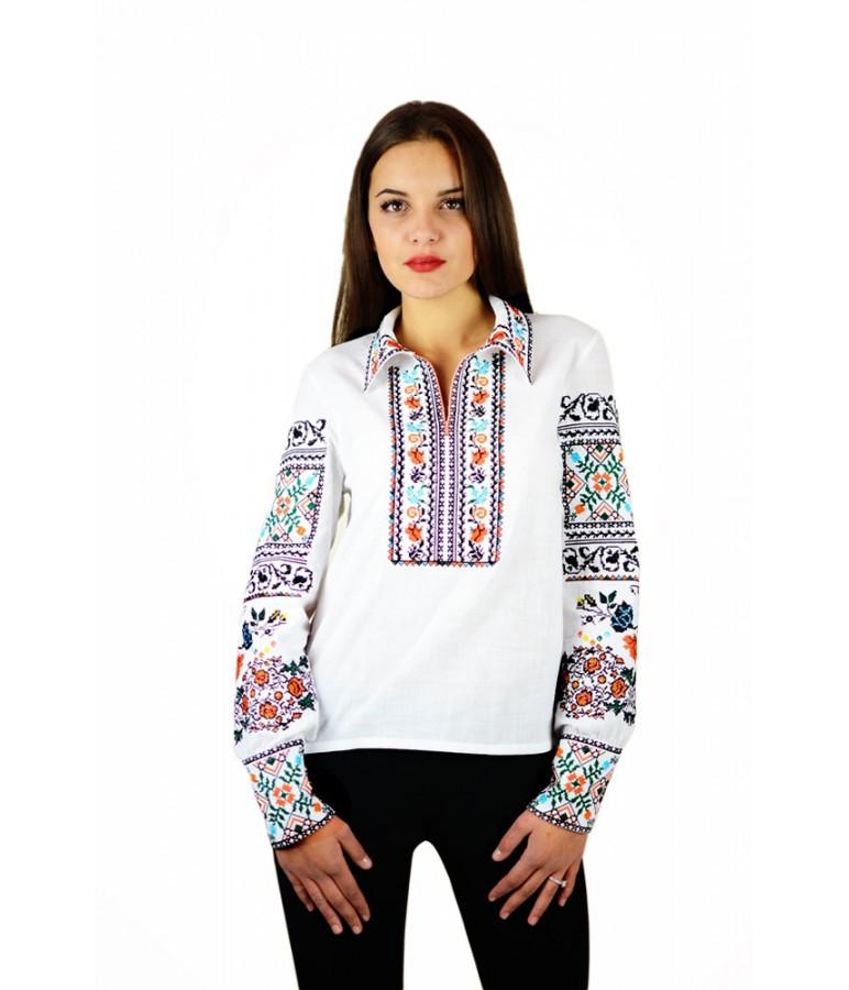 """Вышитая женская рубашка белая яркая """"Щедрость""""  М-231"""