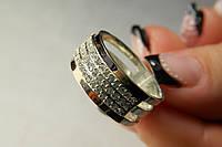 Кольцо серебряное 925 пробы с мелкими камнями