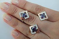 Женские украшения из серебра - кольцо и серьги - с квадратным фианитом