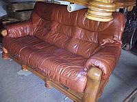Комплект мягкой кожаной мебели Гризли, 3+1+1. Диван тройка и два кресла.
