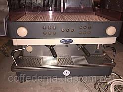La San Marco E105 профессиональная кофемашина двухпостовая
