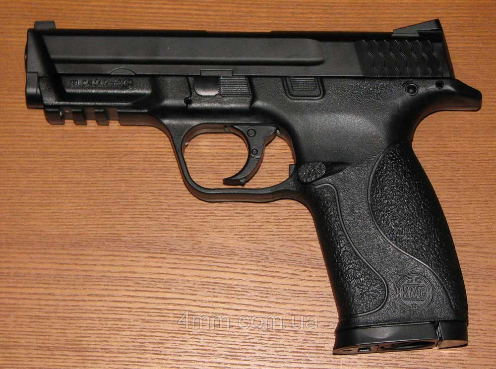 Пневматический пистолет Smith & Wesson KWC KM48D