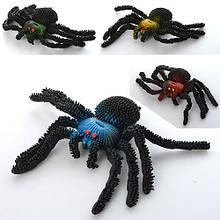 Насекомое паук резиновый  8-14-2 см с синим арт 11.