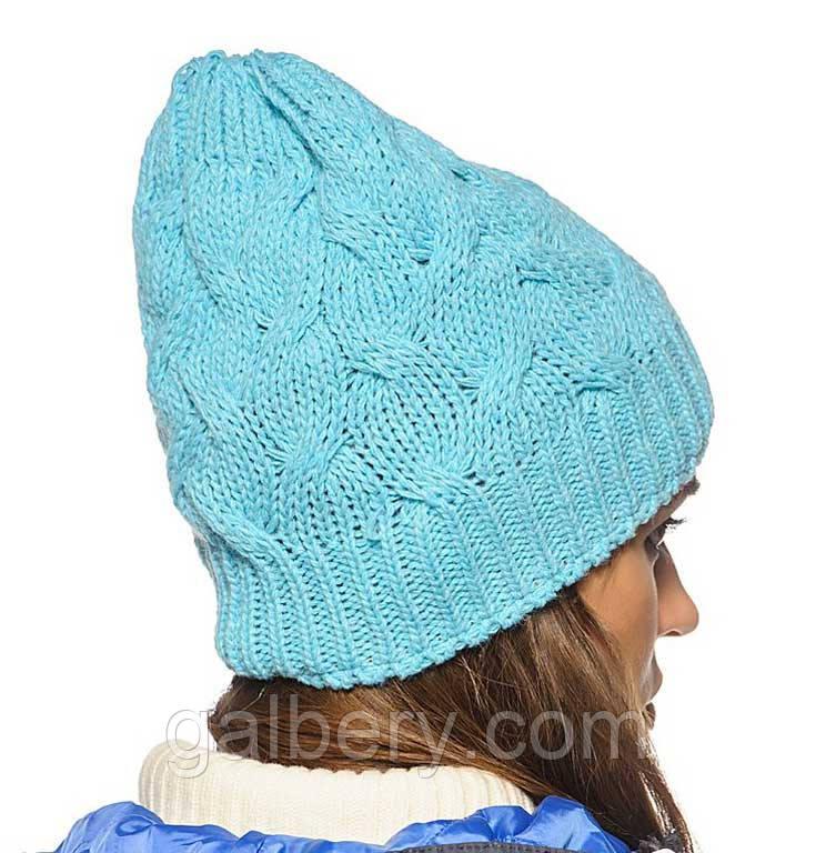 Женская вязаная шапка - носок в стиле Лало, объемной вязки косами.