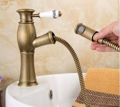 Смеситель кран однорычажный в ванную комнату для умывальника бронза