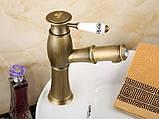 Кран змішувач одинважільний у ванну кімнату для умивальника бронза, фото 2