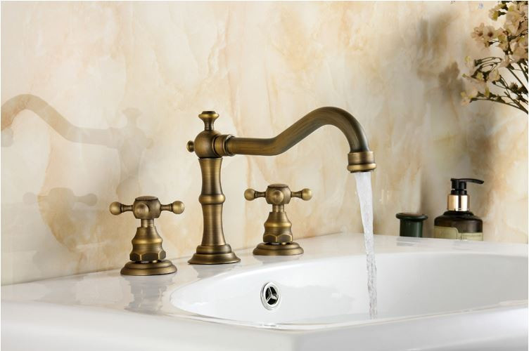 Смеситель кран двухвентильный бронза для ванной комнаты