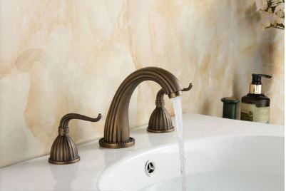 Смеситель для умывальника кран двухвентильный для ванной