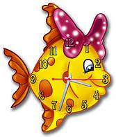Часы настенные фигурные 30*30 см - Золотая рыбка 3D фотопечать
