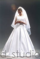 Свадебное платье с бантовыми складками