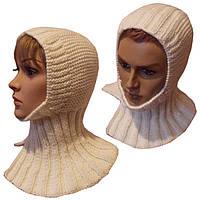 Женская вязаная спицами шапка - шлем с манишкой