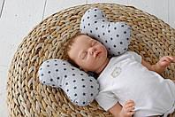 """Подушка в автокресло для новорожденных """"Butterfly""""  Серые звезды"""