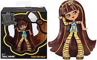 Фигурка Monster High Vinyl Collection Cleo de Nile Figure из коллекционной виниловой серии.