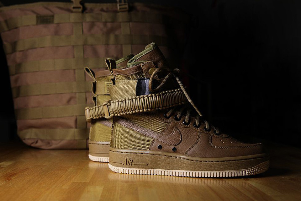 Мужские кроссовки Nike Special Field SF Air Force 1 Brown
