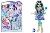 Кукла Ever After High Crystal Winter из серии Epic Winter.