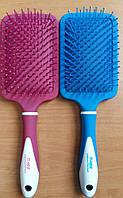 Качественная расческа с пластмассовыми зубцами