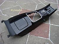 Консоль центральная Рено Лагуна 3 Renault Laguna 3