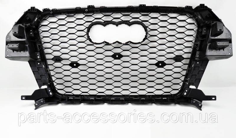 Audi Q3 2013-2015 черная глянцевая решетка радиатора Новая