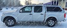 Вітровики вікон Ніссан Навару 2 (дефлектори бокових вікон Nissan Navara 2 D40)