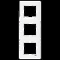 Рамка трехместная вертикальна белая Viko (Вико) Karre (90960222)