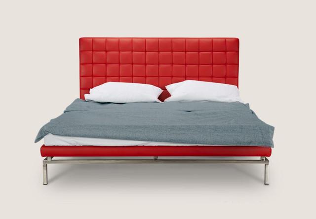 Кровать полуторная Одри (вид спереди)