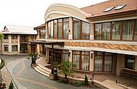 Гостиный двор Чарда