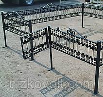 Ритуальная ограда для могилы на кладбище