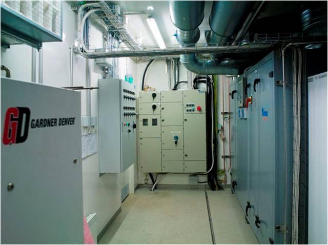 Техническое помещение укомплектовано всем необходимым оборудованием