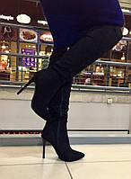 Стильные женские сапоги на высоком каблуку, застегиваются на молнию, материал искусств. замша. Черный цвет