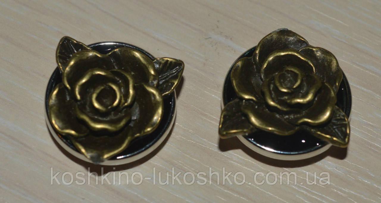 Змінна кнопка чанка ручної роботи з трояндою