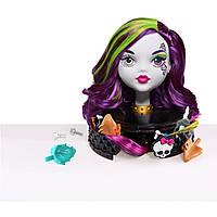 Monster High Голова-манекен для макияжа и причесок  White Ghoul Styling Head