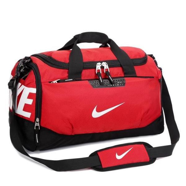 Спортивная сумка Nike красная с белым логотипом (реплика)