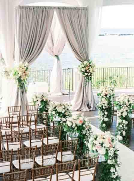 Весільні прикраси залу