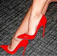 Красные туфли-лодочки Christian Louboutin
