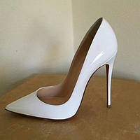 Белые лаковые туфли, копия Christian Louboutin.