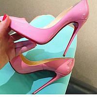 Розовые туфли-лодочки Christian Louboutin ,копия.