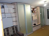 Шкафы купе длинной 4 метра на всю стену.