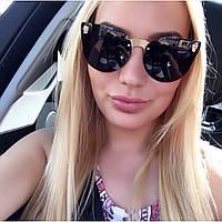 Солнцезащитные очки Alexander McQueen с черными линзами