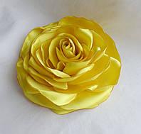 """Брошь из ткани ручной работы """"Лимонная роза"""""""