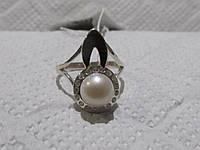 Кольцо с жемчугом в серебре с золотыми напайками