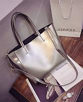 Женская сумка Celine, серебряного цвета.
