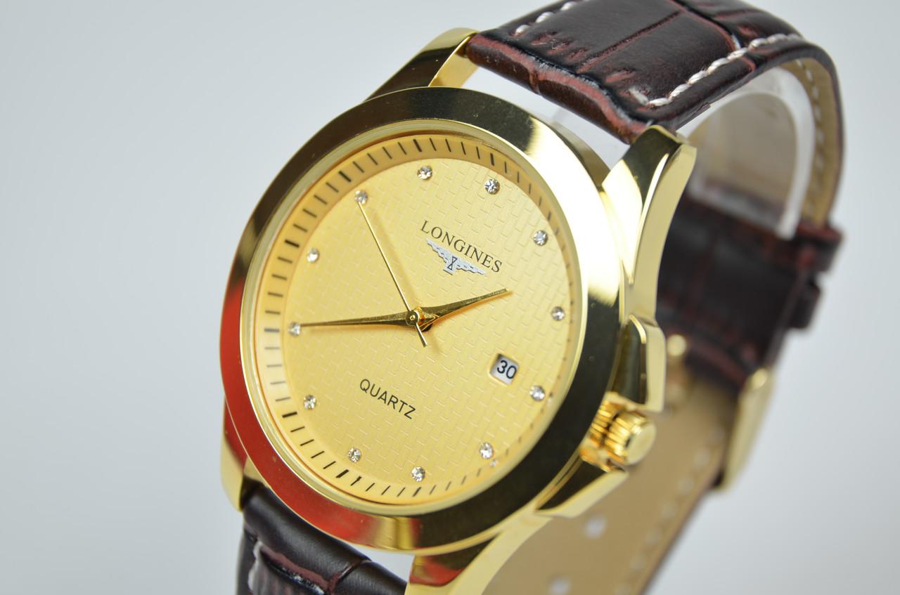 Наручные мужские часы с календарем