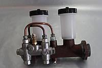 Цилиндр тормозной главный УАЗ с сигнальным устр. (2-х контурн.)  3151-3505009