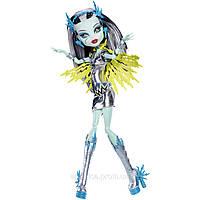 Monster High Power Ghouls Frankie Stein as Voltageous (френки штейн серия Супергерои), фото 1