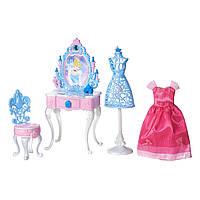 Игровой набор Hasbro Принцецы Диснея - Туалетный столик золушки (B5309-B5311)