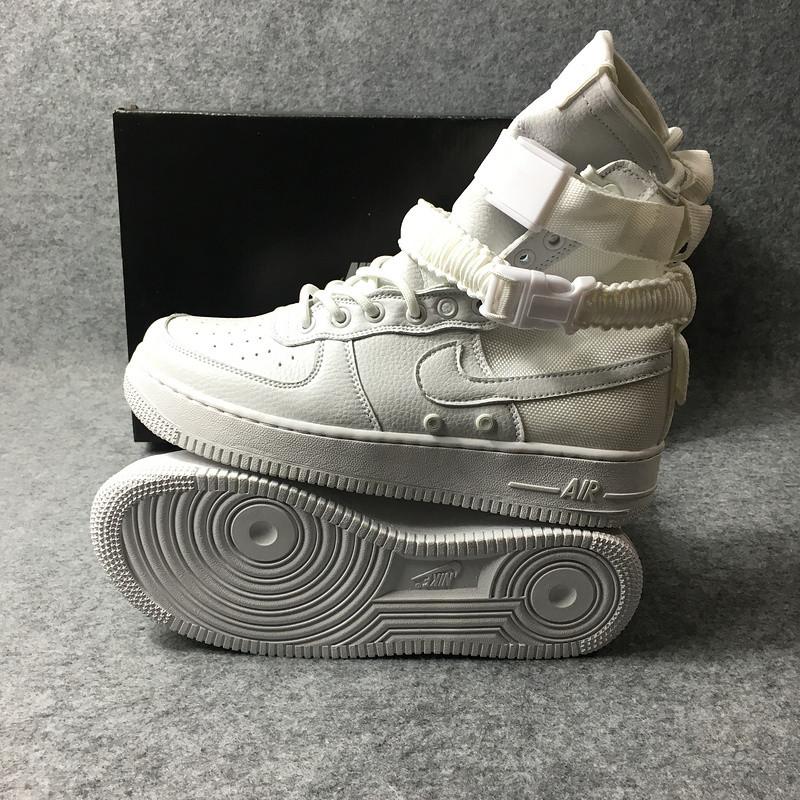 Женские кроссовки Nike Special Field Air Force 1 белые  купить в ... 74b80fd3183