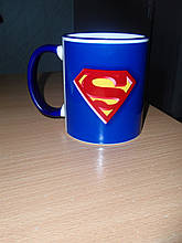 Чашка з синьою облямівкою