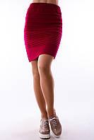 Современная красная юбка